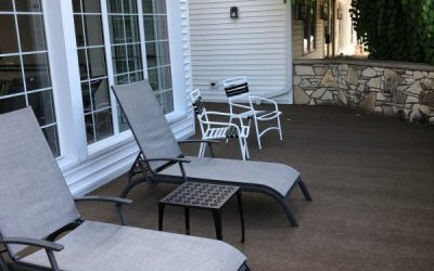 New carpeted sundeck