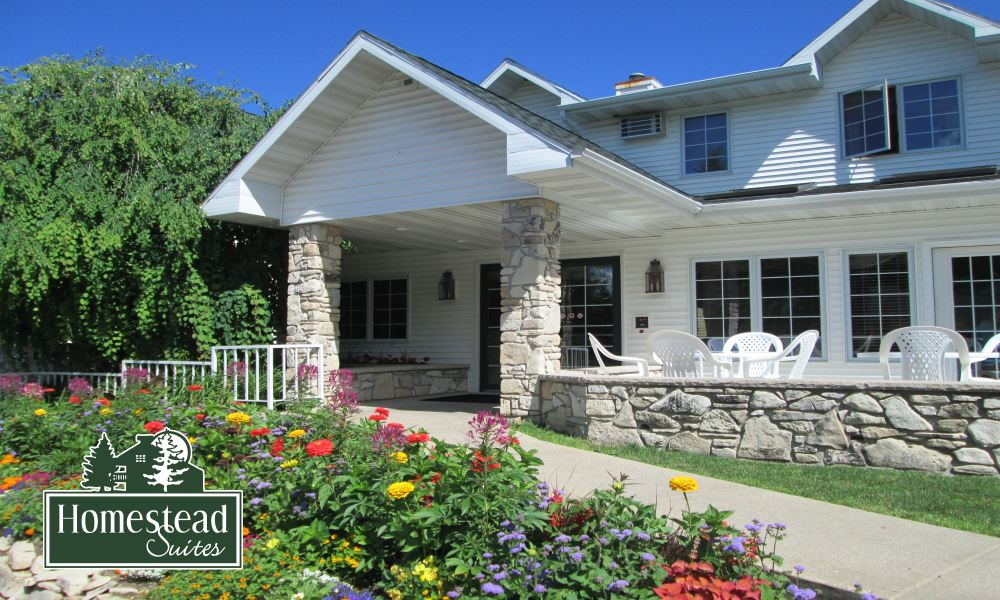Bed and breakfast in fish creek wi homestead suites for Bed and breakfast fish creek wi